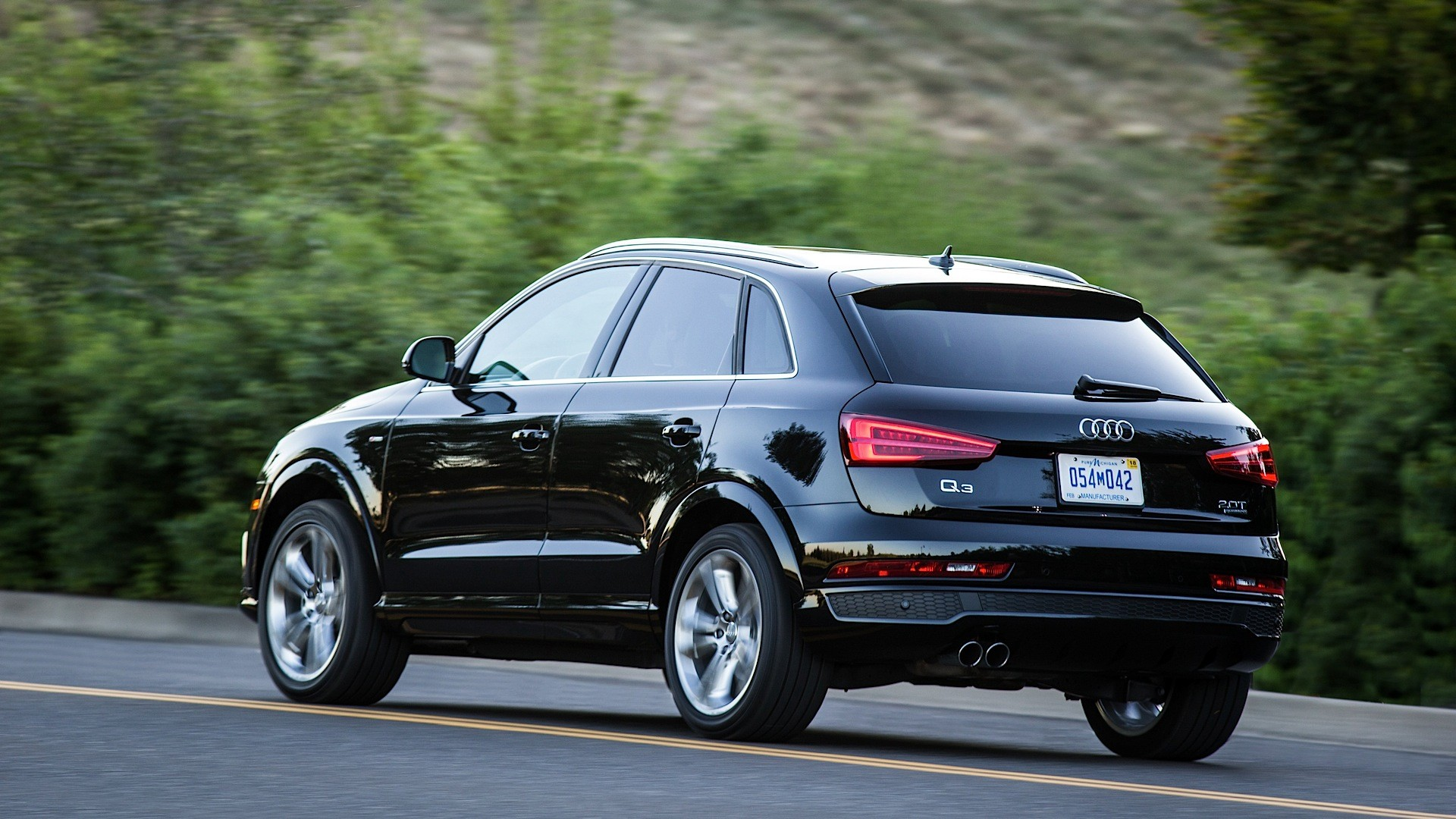 2016 Audi Q3 Gets Top Safety Pick Rating in IIHS Crash Tests ...