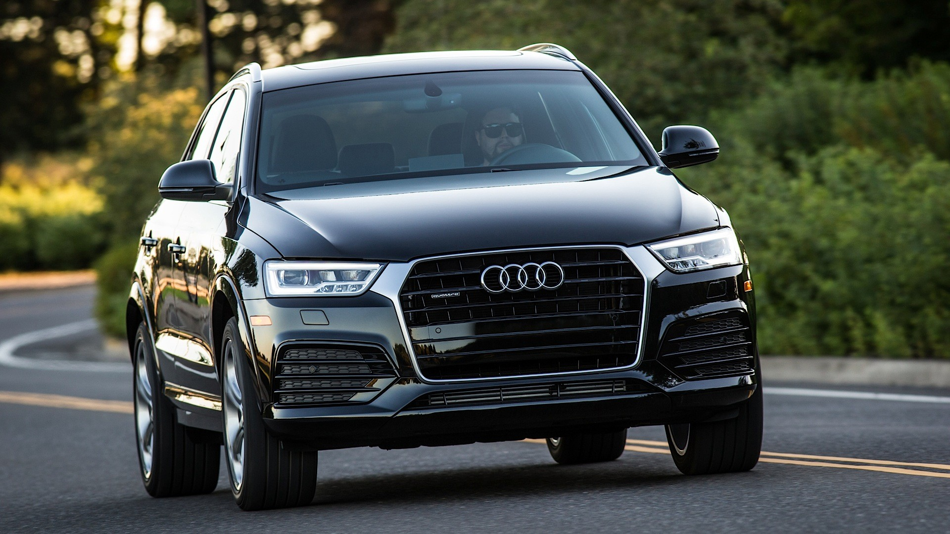 2016 audi q3 gets top safety pick rating in iihs crash. Black Bedroom Furniture Sets. Home Design Ideas