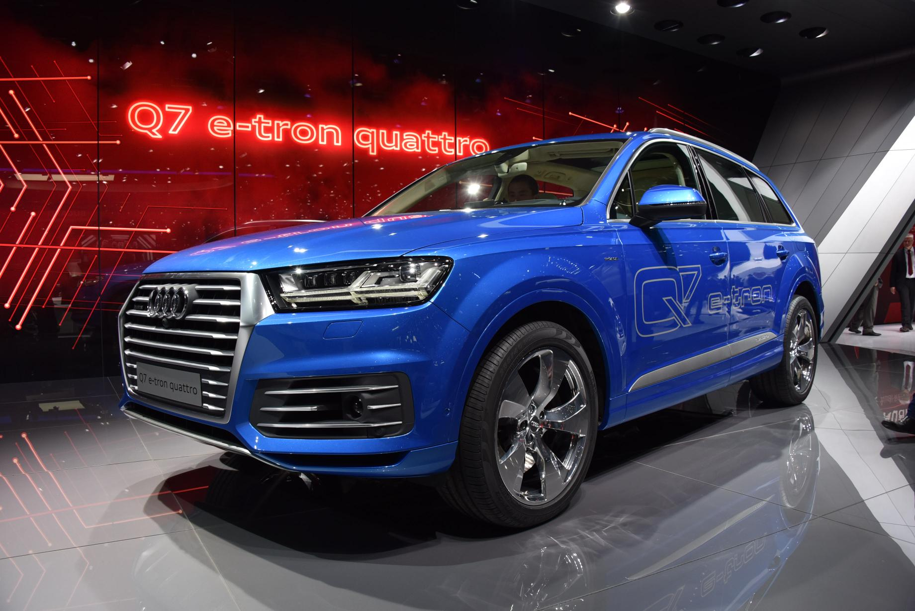 2016 audi q7 e tron diesel phev is the world 39 s most. Black Bedroom Furniture Sets. Home Design Ideas