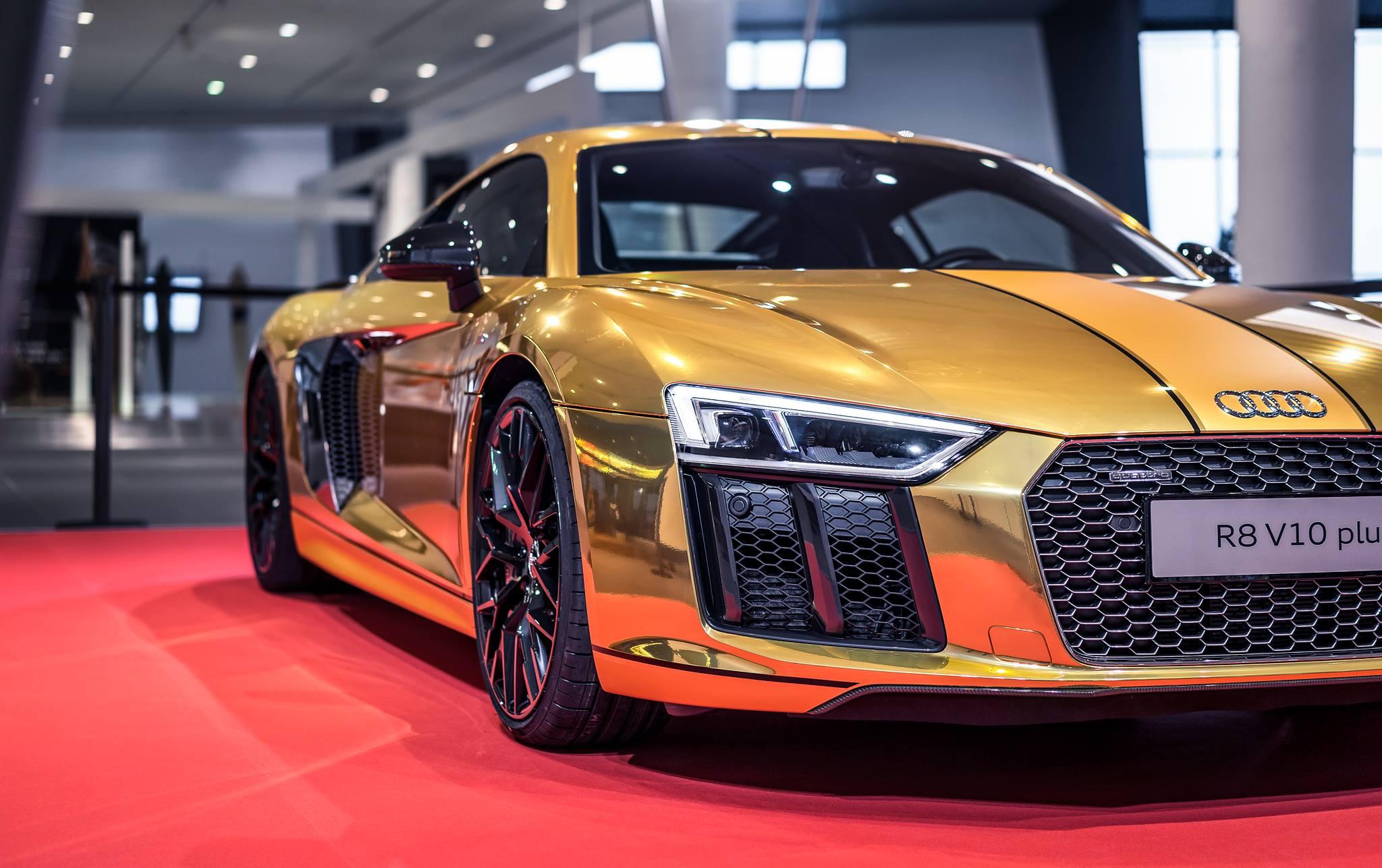 2016 Audi R8 V10 Plus Gets Official Chrome Gold Wrap - autoevolution