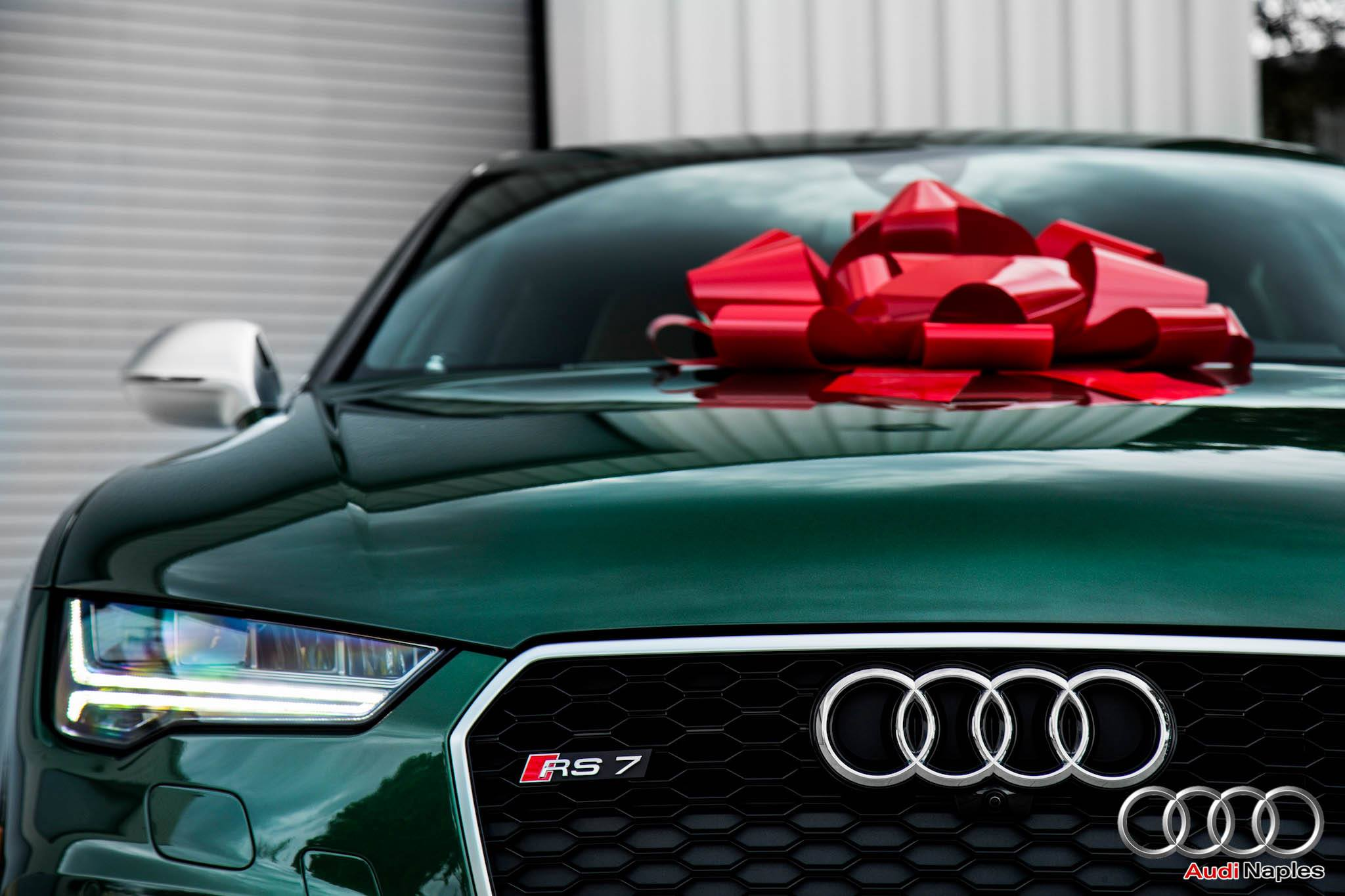 2016 Audi RS7 in Verdant Green Looks like a Bentley ...