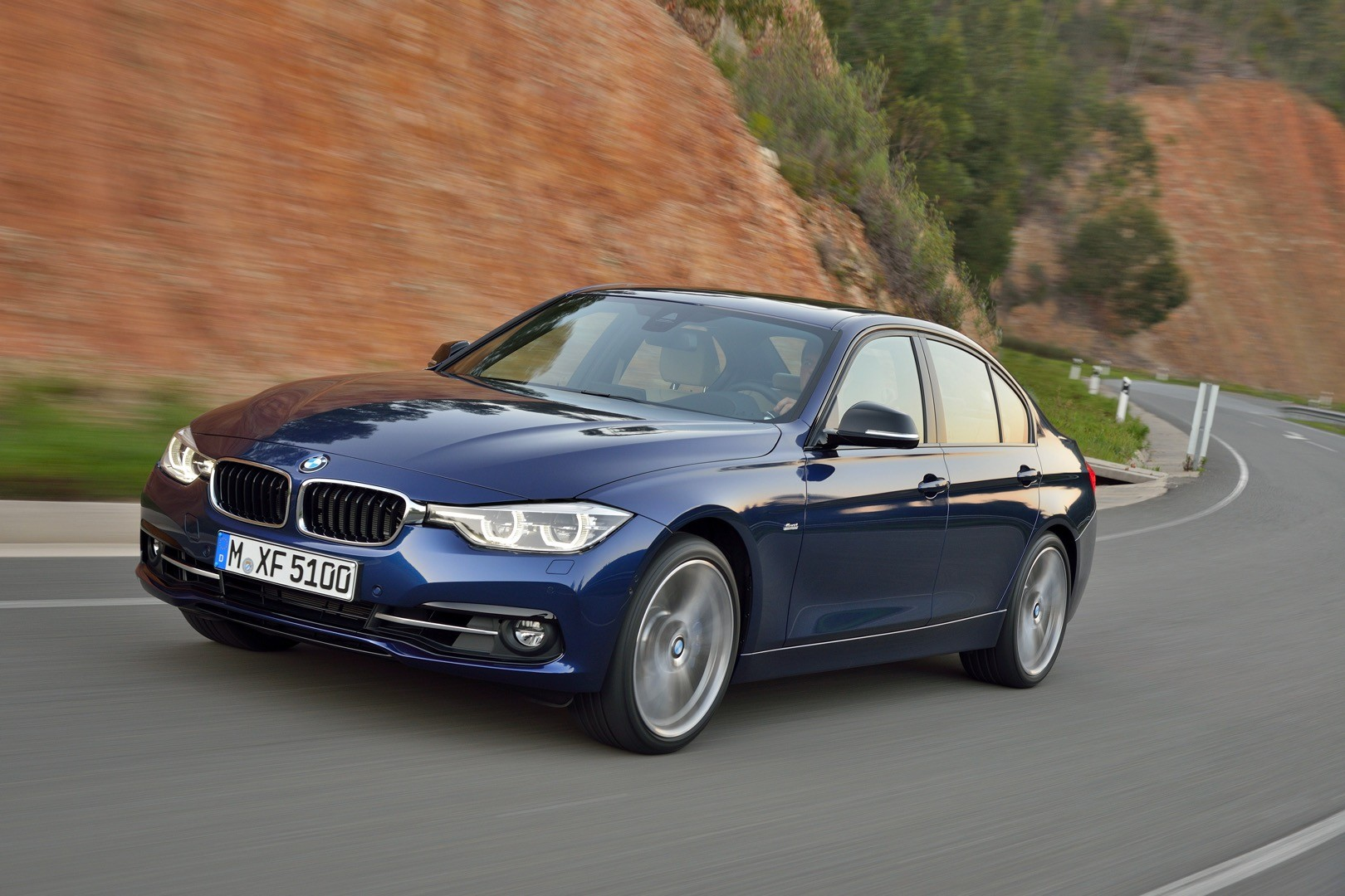 2016 bmw 3 series facelift officially unveiled with new engines and plug in hybrid autoevolution. Black Bedroom Furniture Sets. Home Design Ideas