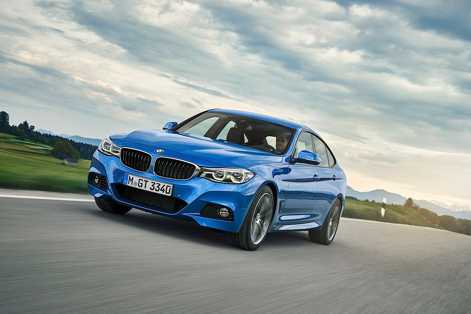 2016 Bmw 3 Series Gran Turismo Facelift Is All Things To