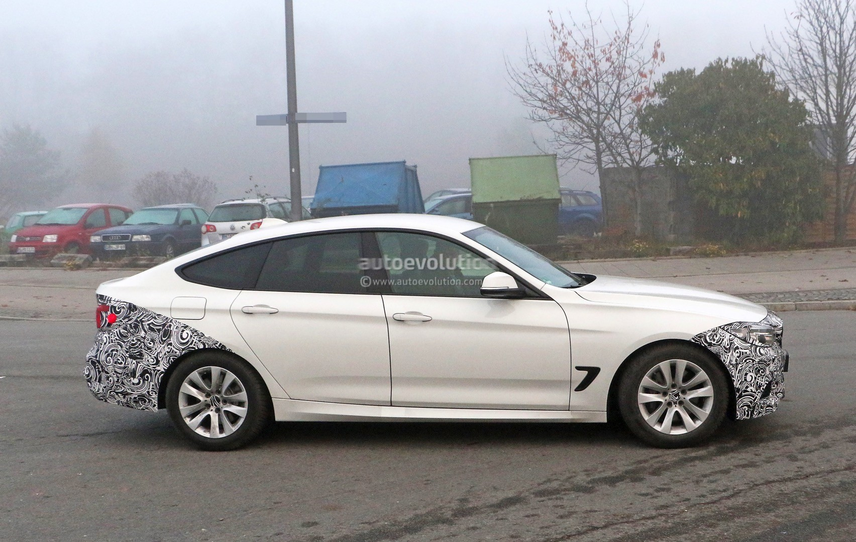 2016 bmw 3 series gt facelift spied it s really coming. Black Bedroom Furniture Sets. Home Design Ideas