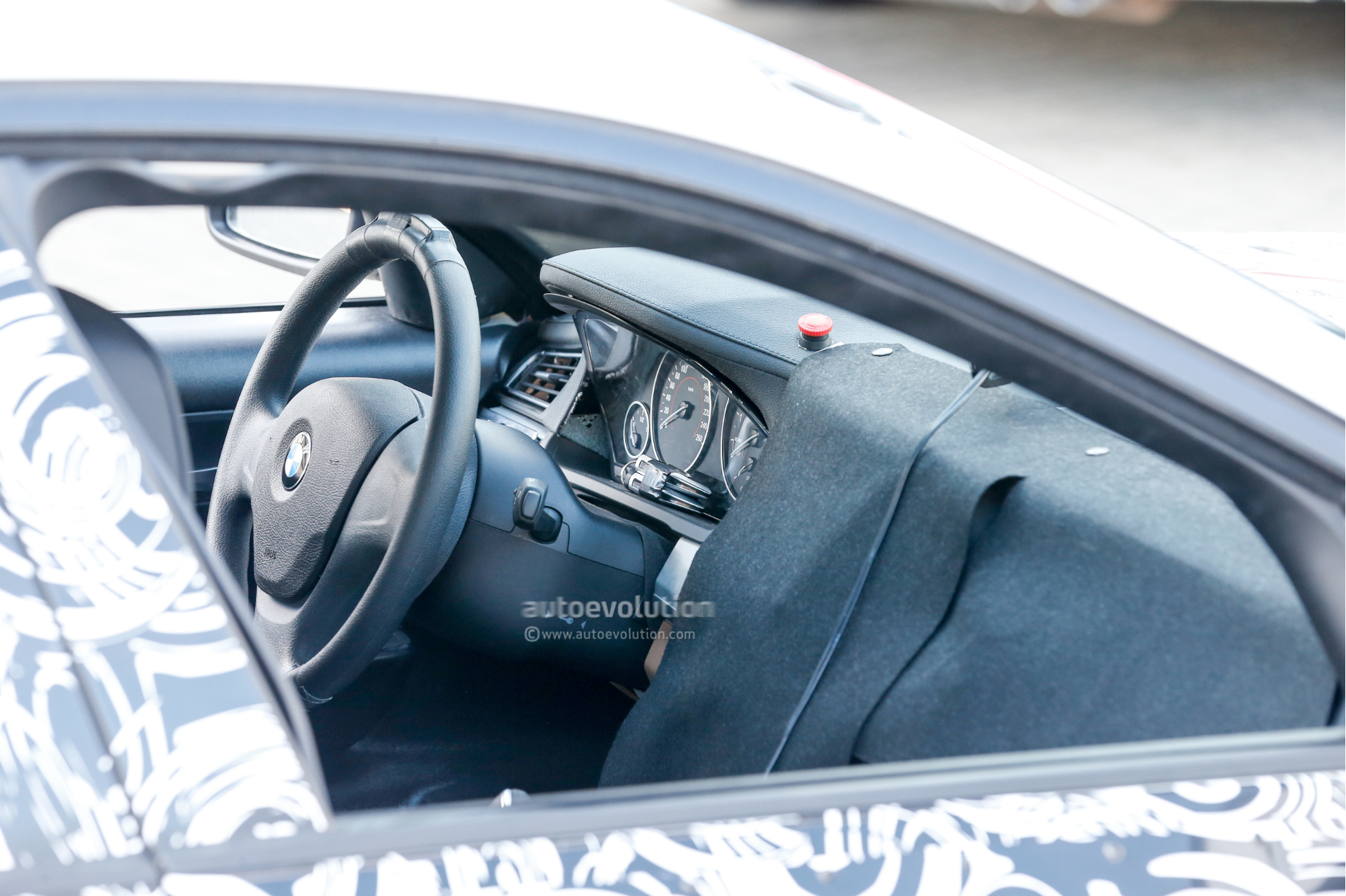 2016 - [BMW] Série 5 Berline & Touring [G30/G31] - Page 4 2016-bmw-5-series-touring-prototype-spied-inside-and-out-photo-gallery_1