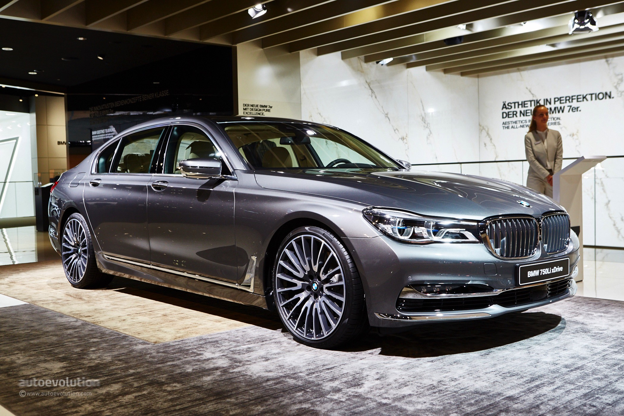 2016 bmw 7 series shows up in the metal at frankfurt. Black Bedroom Furniture Sets. Home Design Ideas