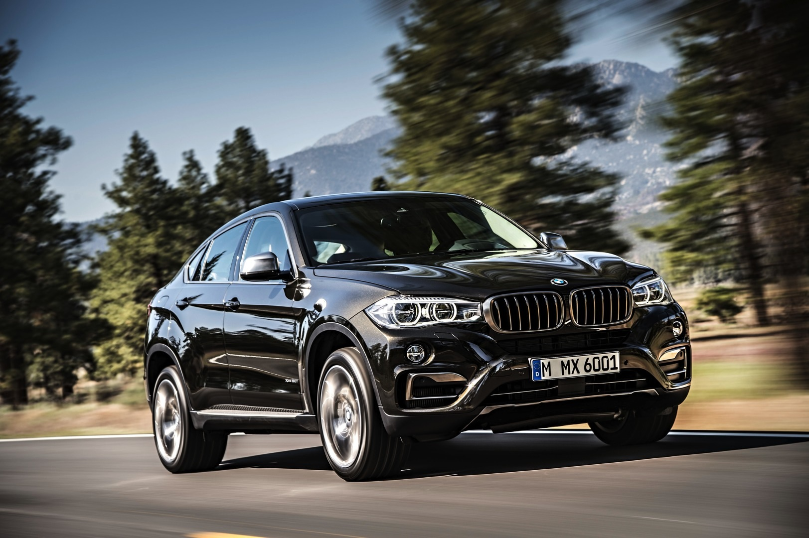 2016 bmw f16 x6 unveiled in all its glory photo gallery. Black Bedroom Furniture Sets. Home Design Ideas