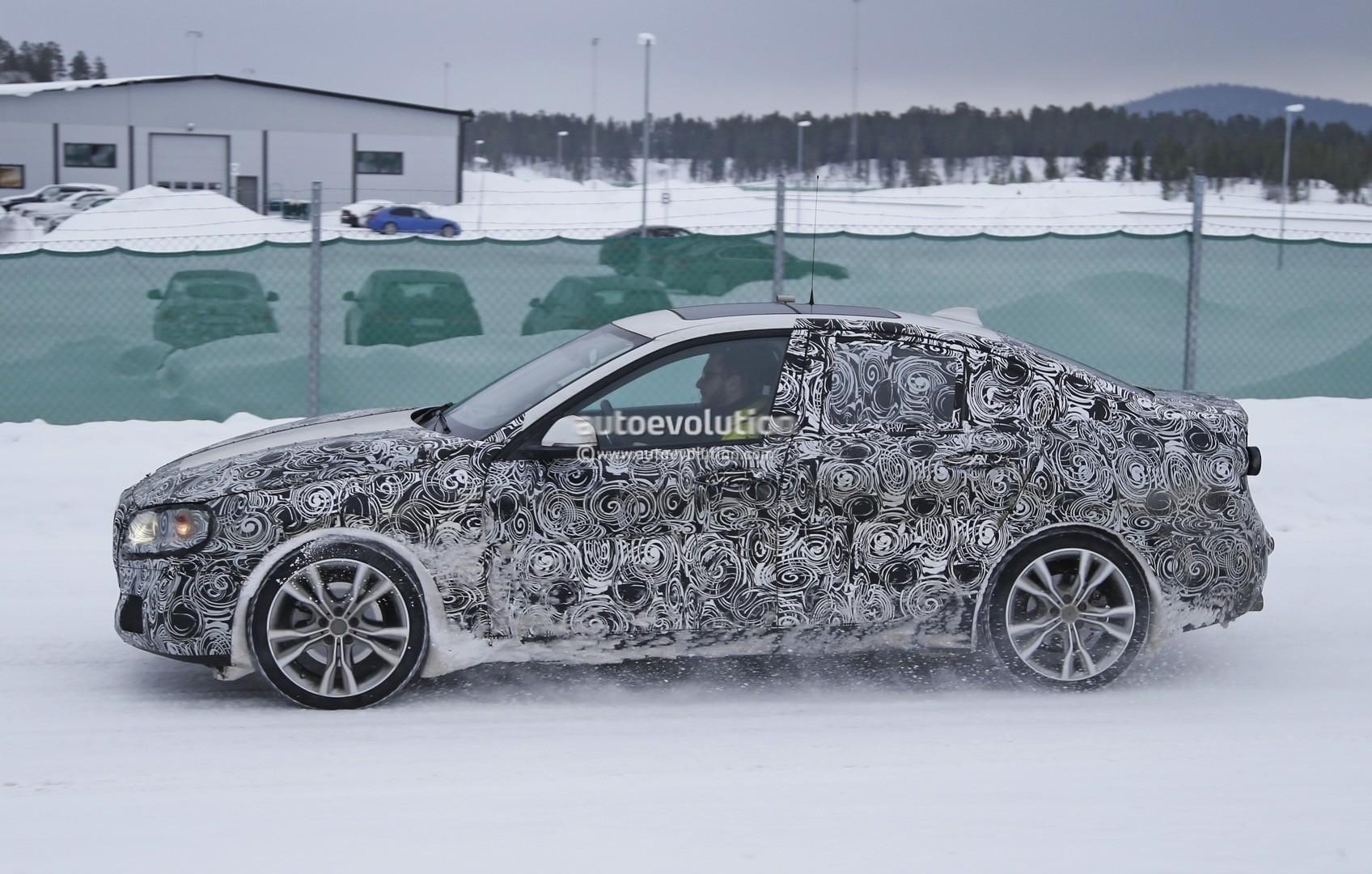 2016 - [BMW] Série 1 Sedan [F52] - Page 3 2016-bmw-f52-1-series-sedan-spotted-winter-testing-photo-gallery_5