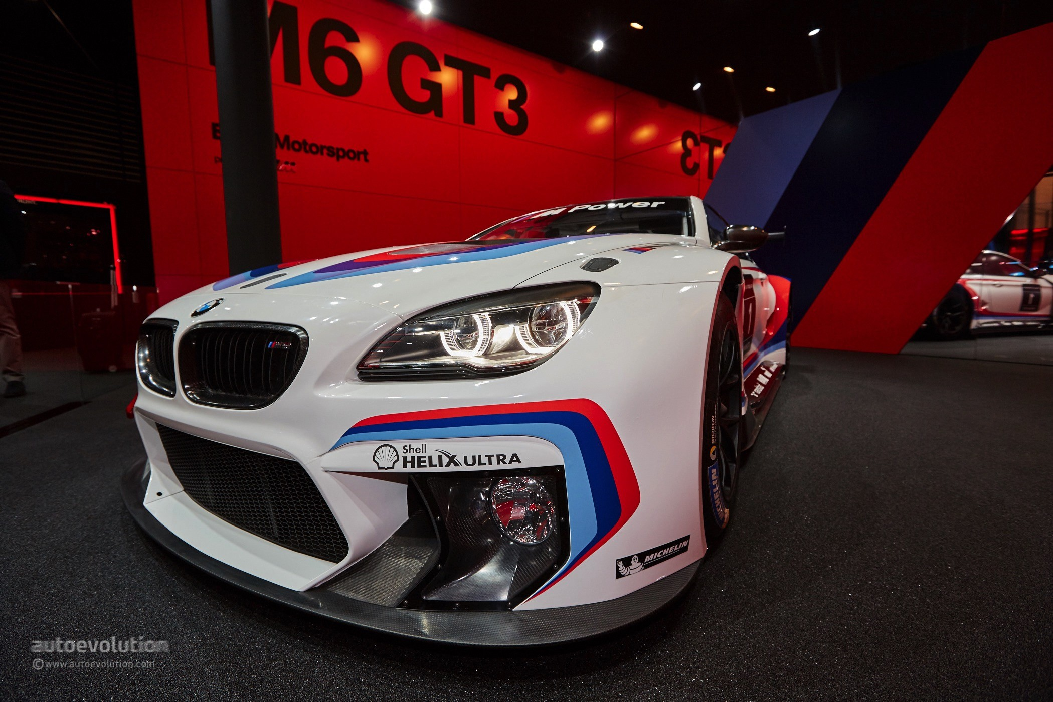 2016 bmw m6 gt3 is the definition of eye candy at frankfurt autoevolution. Black Bedroom Furniture Sets. Home Design Ideas