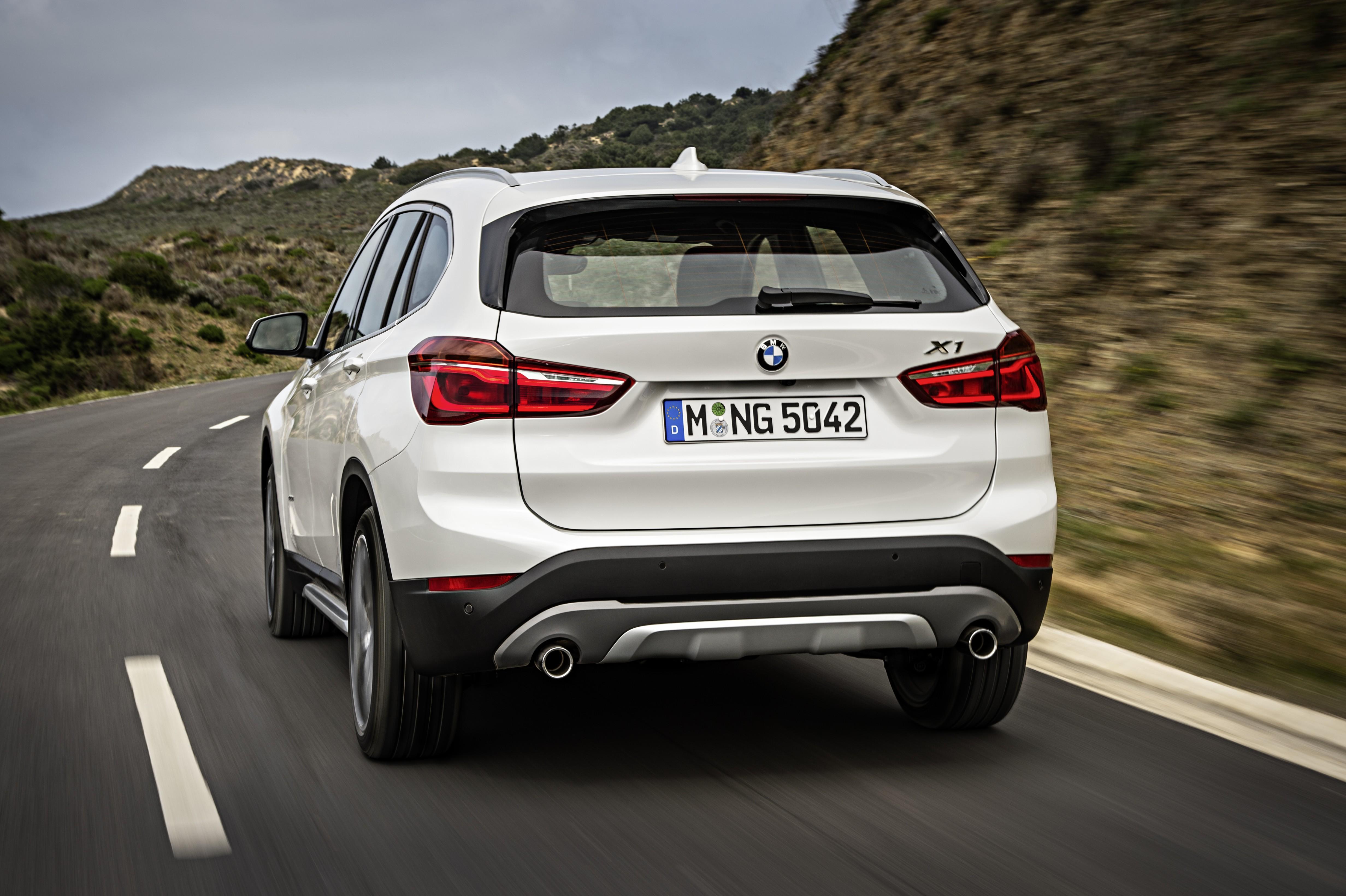 ... 2016 BMW F48 X1 ...