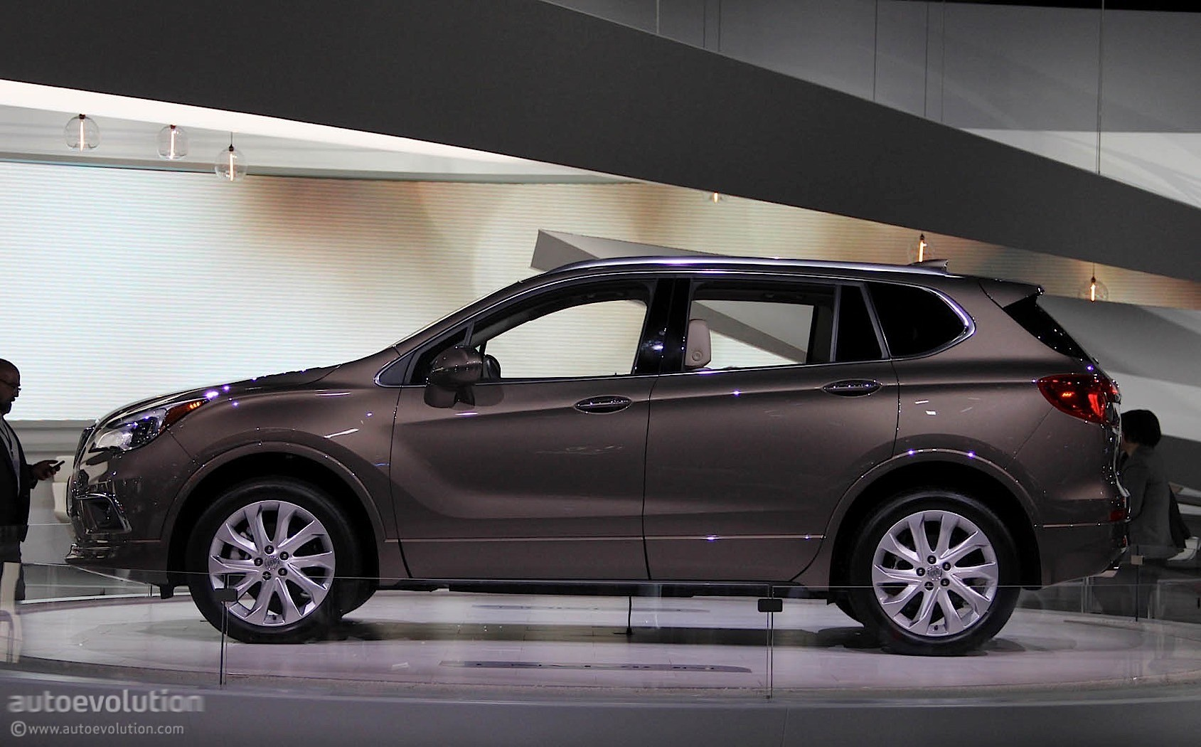 2016 buick envision starts at 42 995 2017 my at 34 990 autoevolution. Black Bedroom Furniture Sets. Home Design Ideas