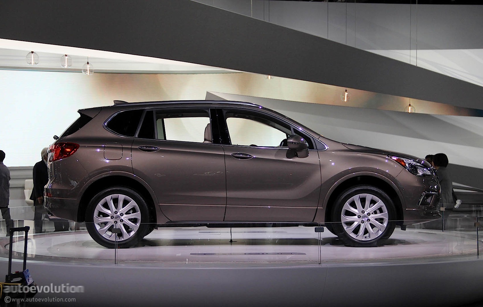 2016 Buick Envision Starts At 42 995 2017 My At 34 990