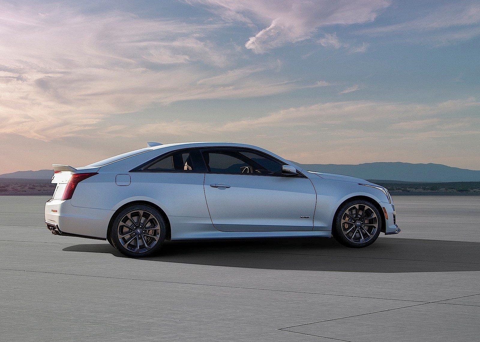 2016 cadillac cts v and ats v have a price tag in the us and europe autoevolution. Black Bedroom Furniture Sets. Home Design Ideas