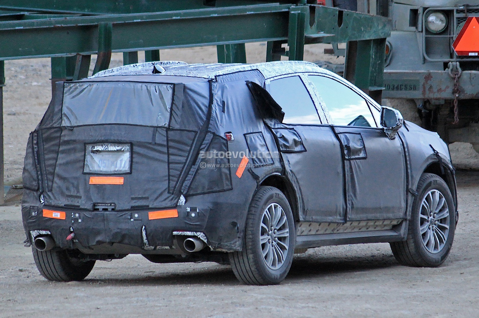 2016 Cadillac Xt5 Slated To Bow In New York It Replaces