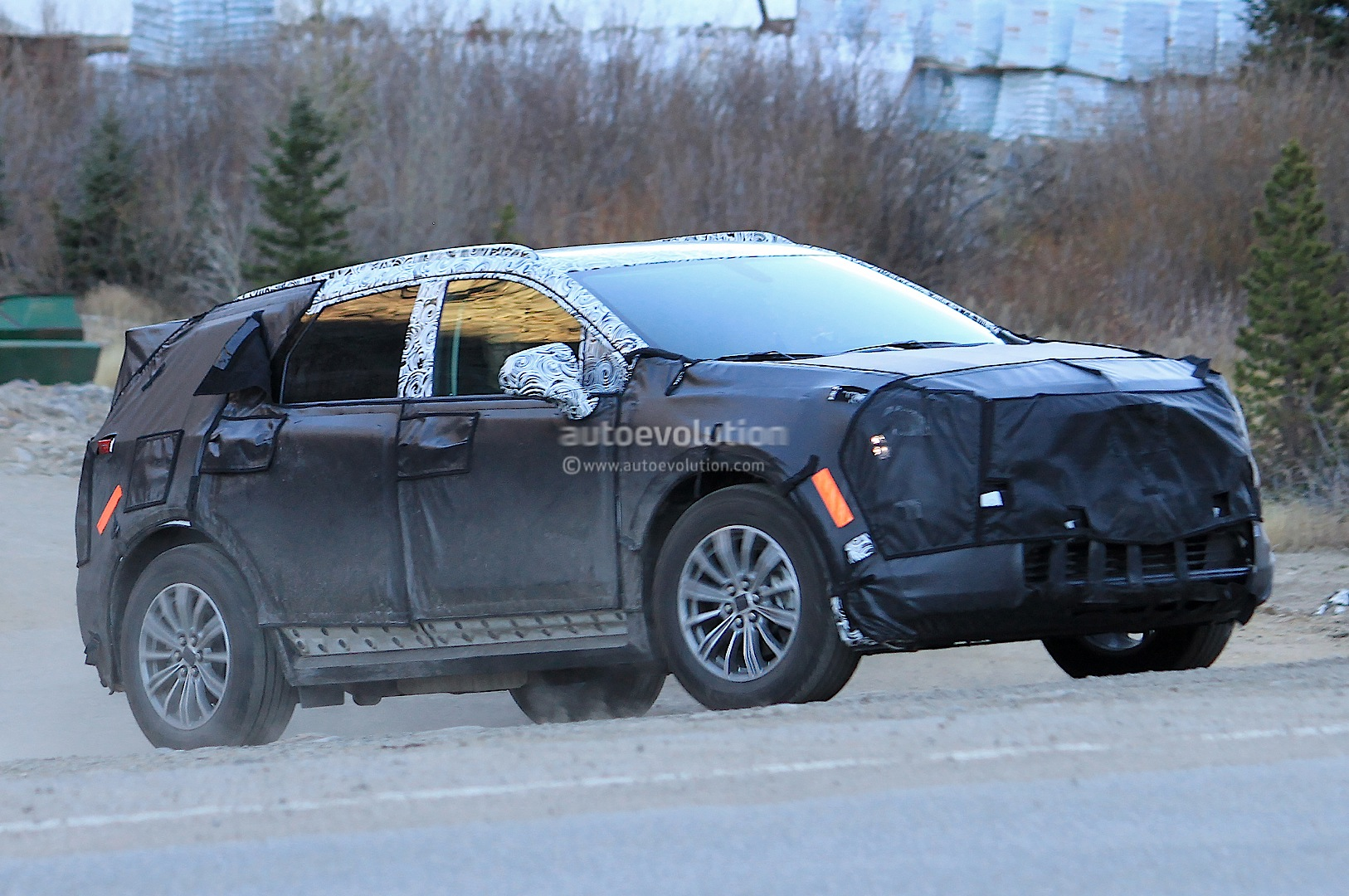 2016 Cadillac XT5 Spied, Will Replace the SRX - autoevolution