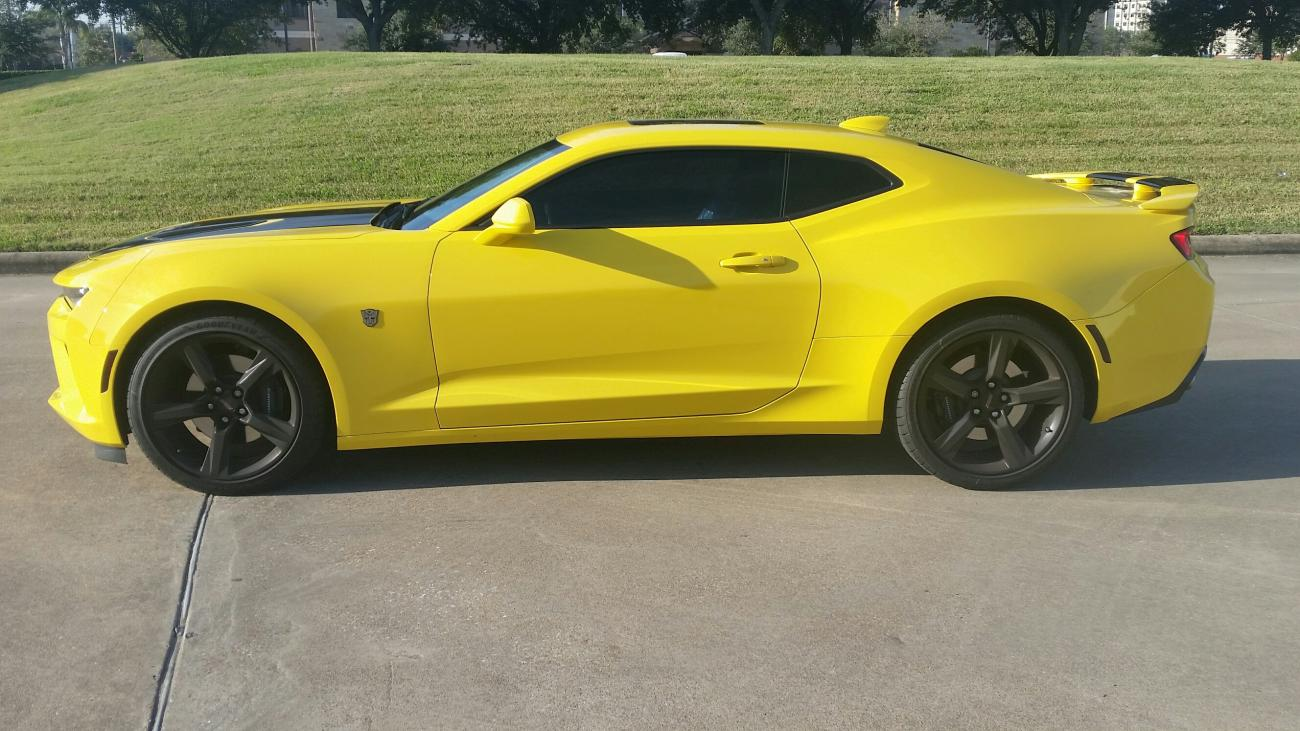 2016 Camaro Ss Gets Bumblebee Visual Treatment Celebrates
