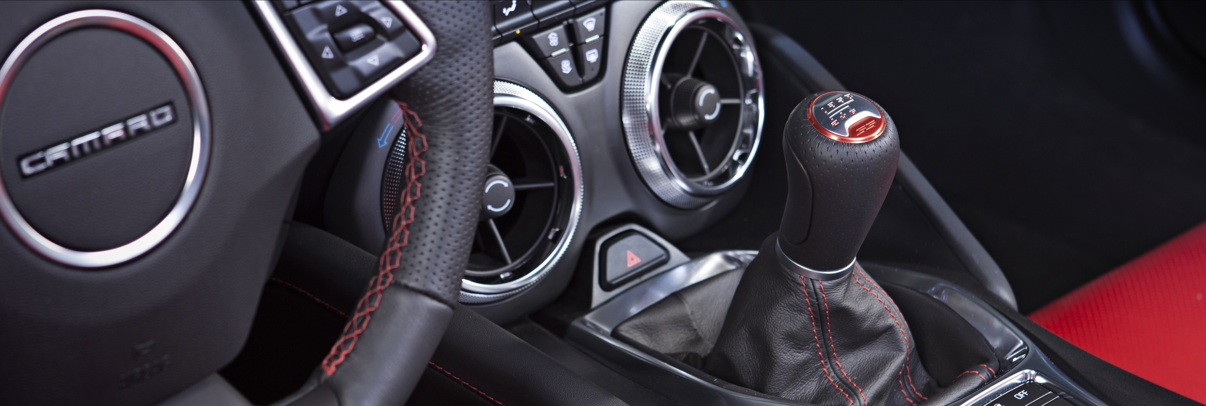 2016 Chevrolet Camaro Interior Detailed - autoevolution