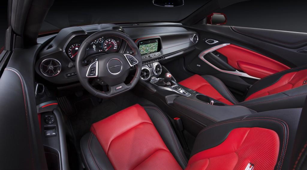 2018 Camaro Inside >> 2016 Chevrolet Camaro Interior Detailed Autoevolution