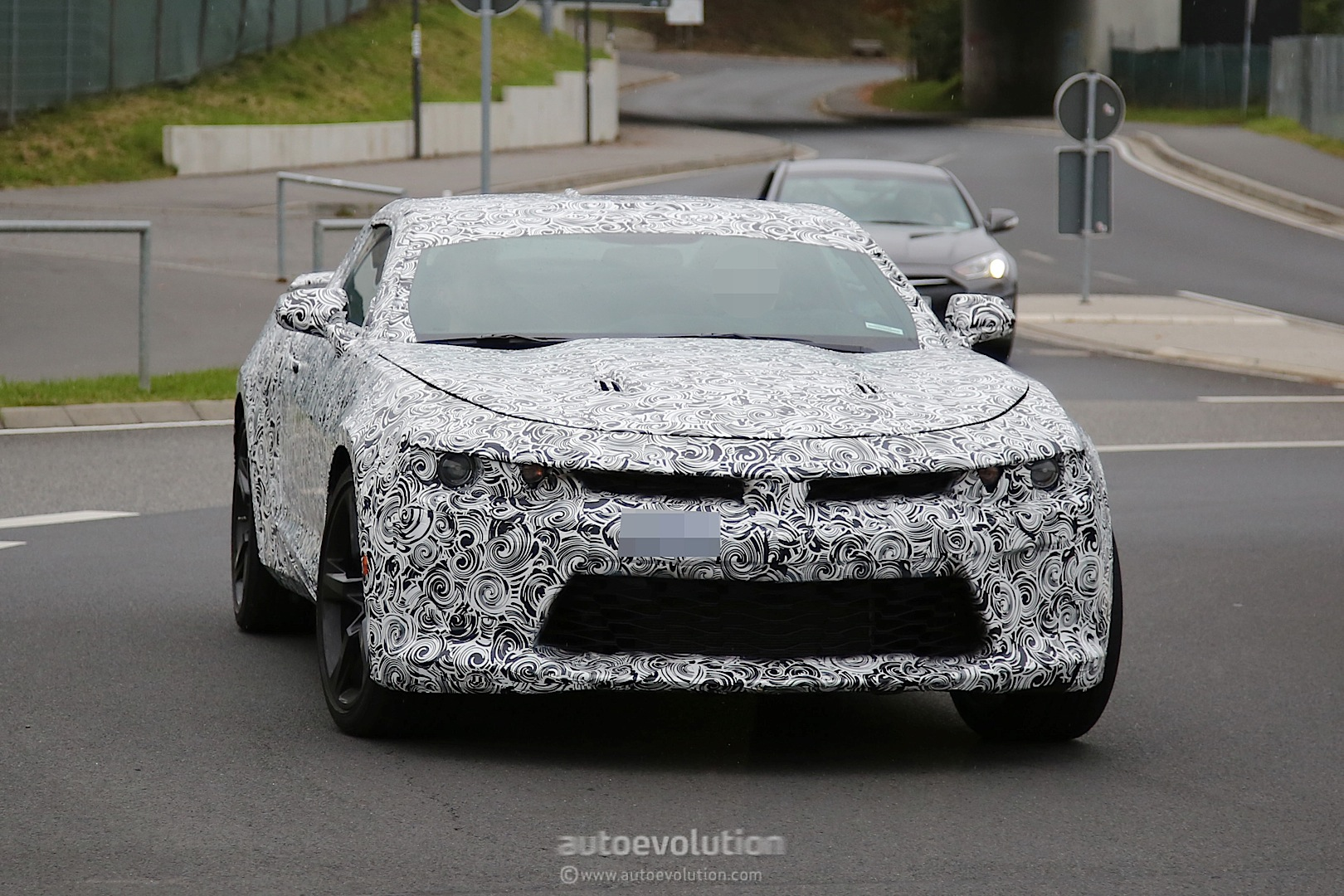 2016 Chevrolet Camaro Spied Near the Nurburgring, Looks Like Bumblebee