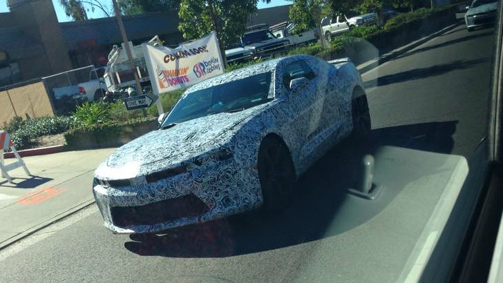 2016 - [Chevrolet] Camaro VI - Page 2 2016-chevrolet-camaro-spied-in-california-wearing-production-body-shell-photo-gallery_1