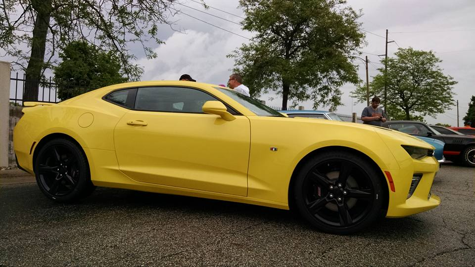 2016 chevrolet camaro spotted out in the wild autoevolution - Camaro 2016 Exterior