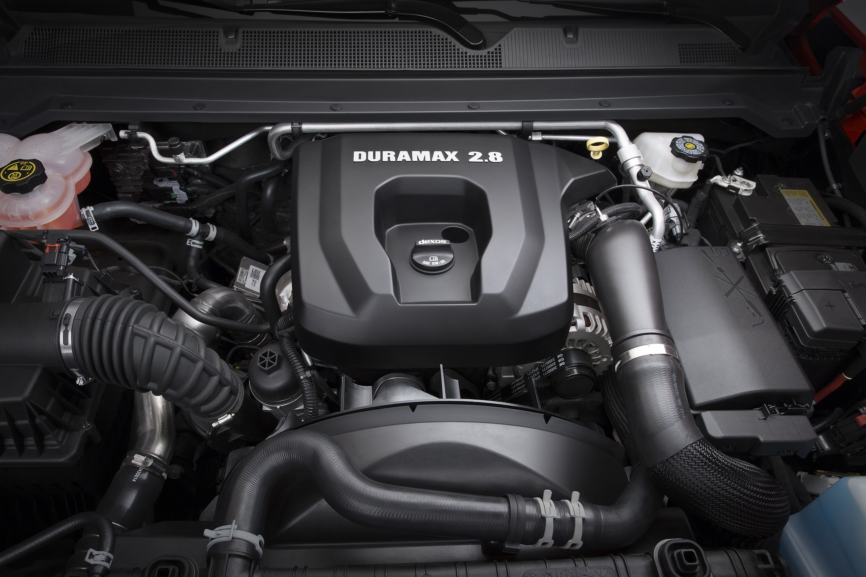 2016 Chevrolet Colorado Rewarded with 2.8-liter Diesel ...
