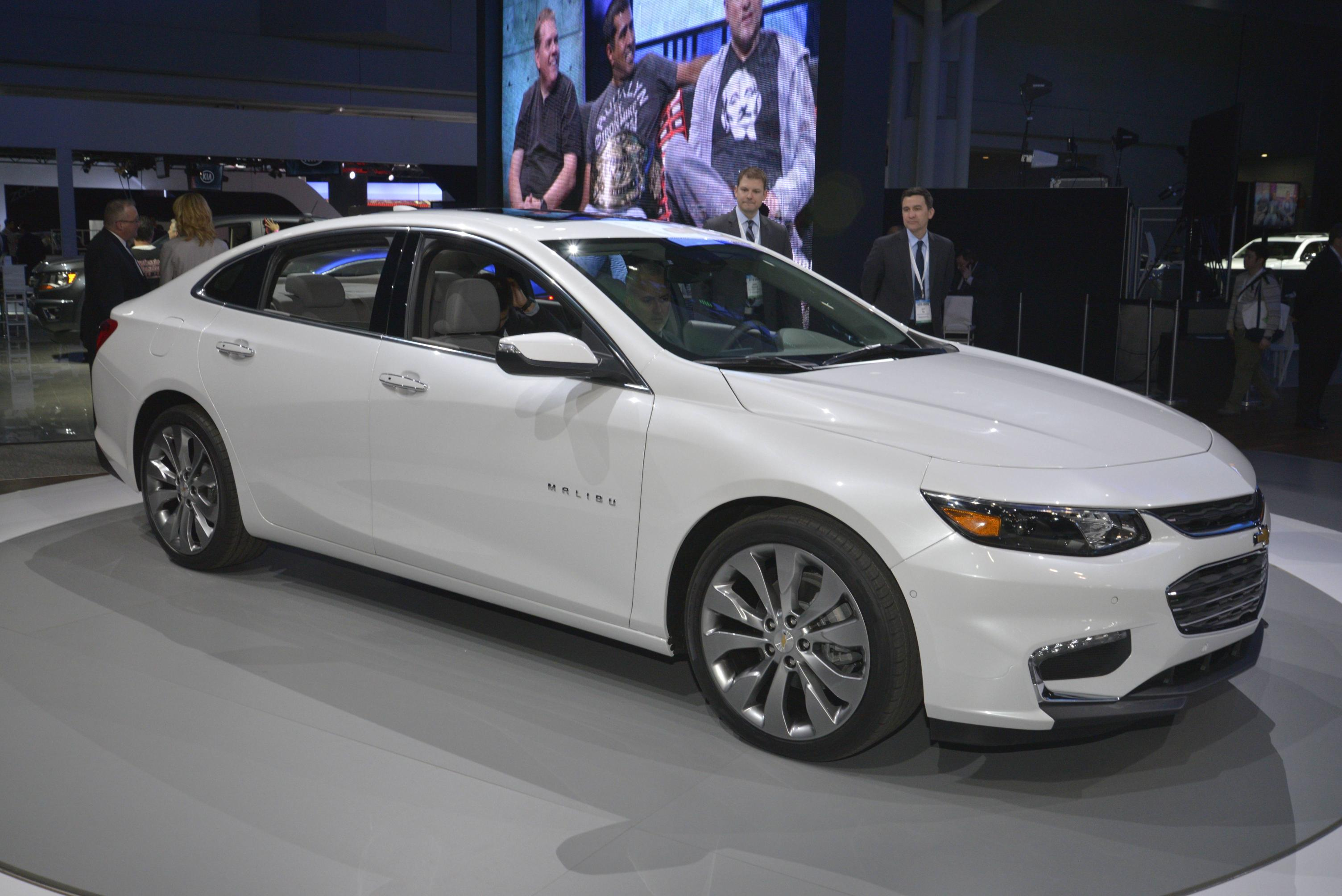 2016 chevrolet malibu shows its frowny face in ny autoevolution. Black Bedroom Furniture Sets. Home Design Ideas