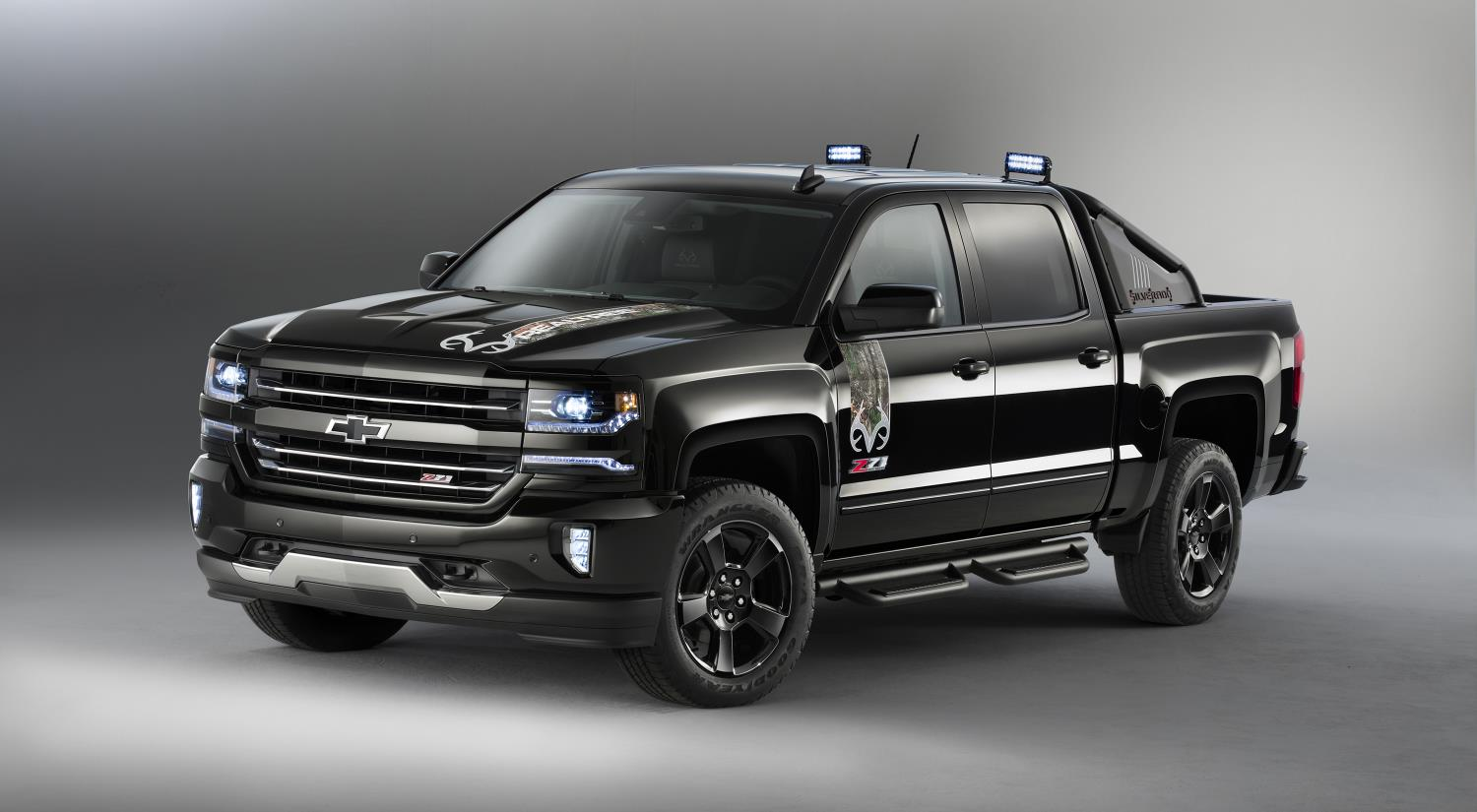 2016 Chevrolet Silverado Rally Edition Debuts at Texas ...