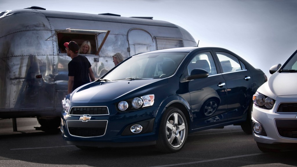 2016 chevrolet sonic updates detailed autoevolution. Black Bedroom Furniture Sets. Home Design Ideas