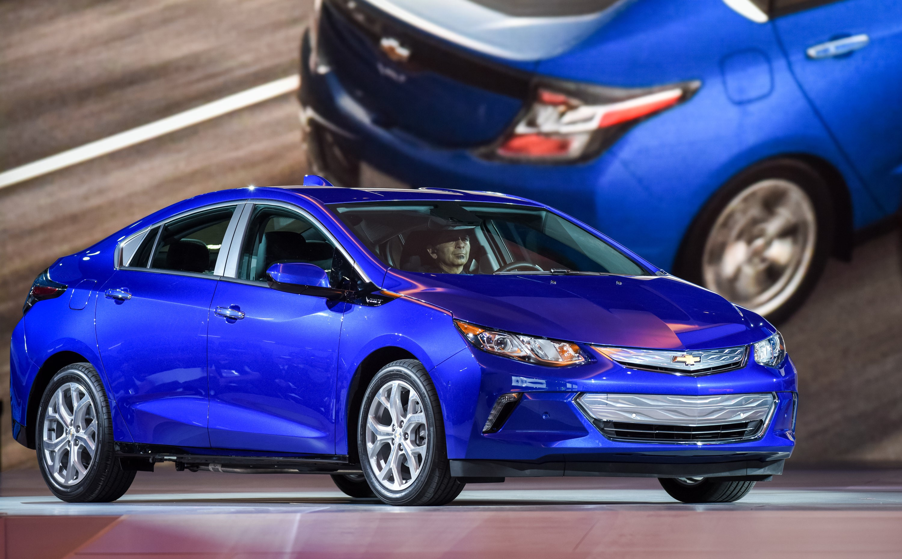 2016 chevrolet volt hailed as the next generation of electric hybrid cars autoevolution. Black Bedroom Furniture Sets. Home Design Ideas