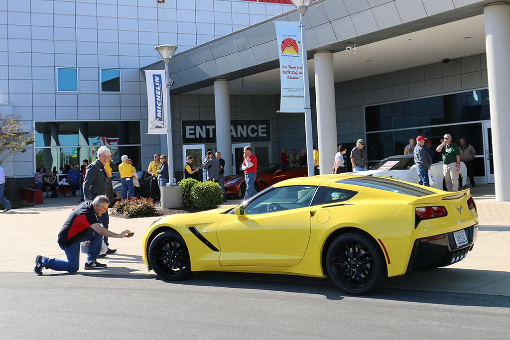 2016 corvette stingray brings small yet effective updates autoevolution - 2016 Corvette Stingray And Z06 Spice Red Design Package