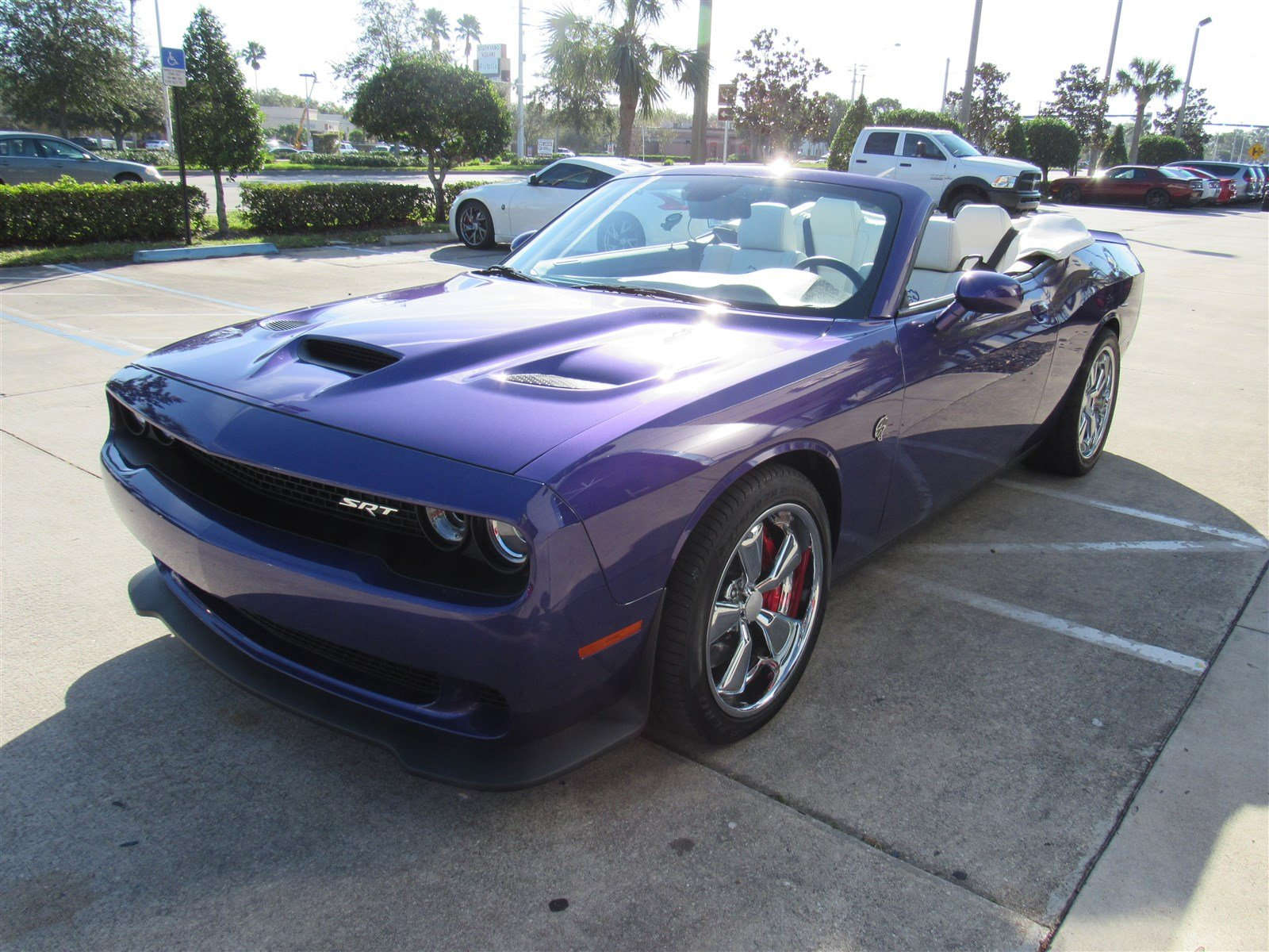 convertible hellcat is one plum crazy muscle car autoevolution. Black Bedroom Furniture Sets. Home Design Ideas