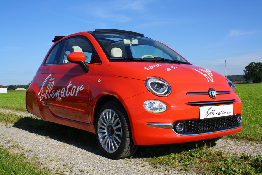 2016 fiat 500 cabrio 3 wheeler looks strangely appealing autoevolution. Black Bedroom Furniture Sets. Home Design Ideas