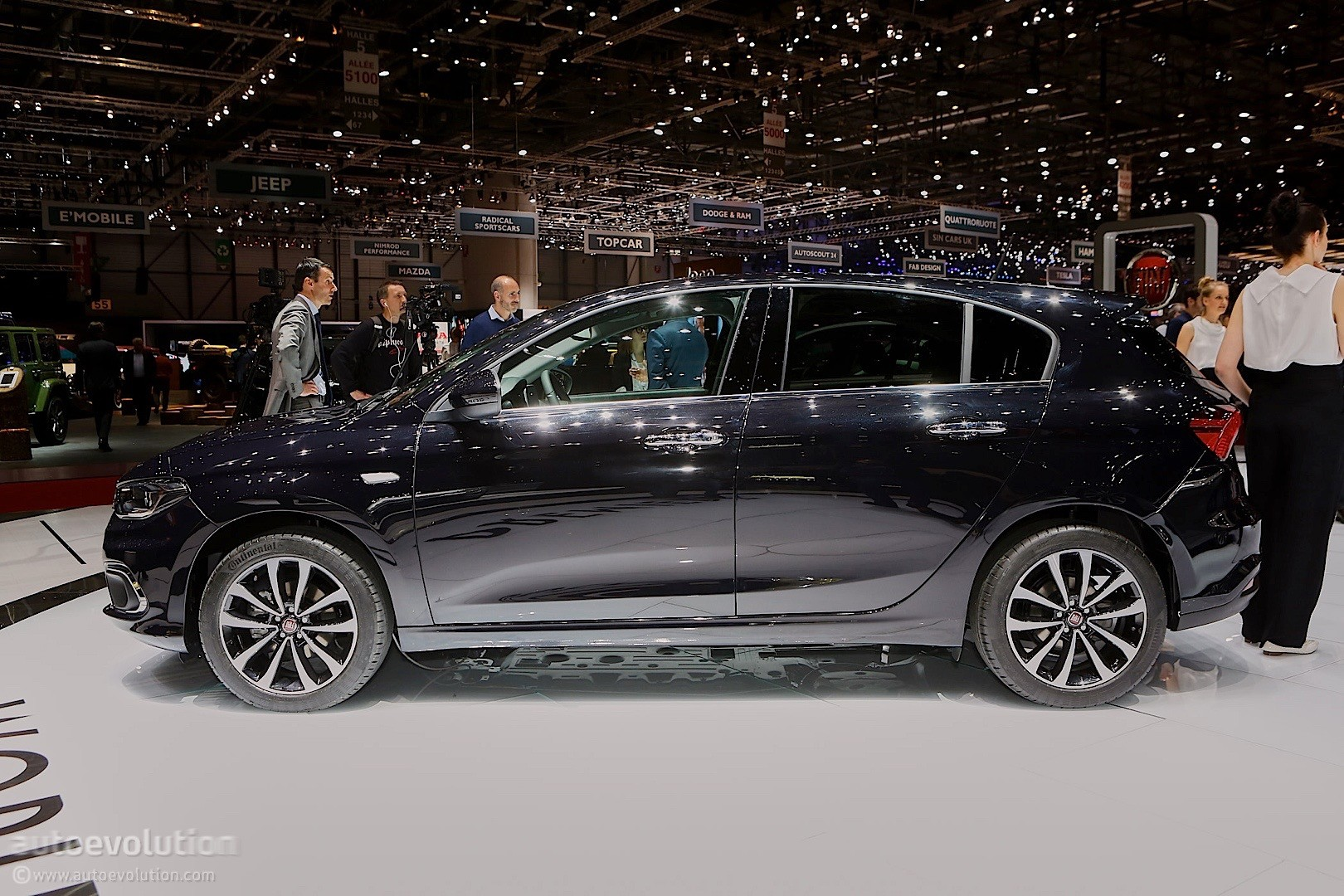 2016 Fiat Tipo Comes in Hatchback and Estate Flavors at ...