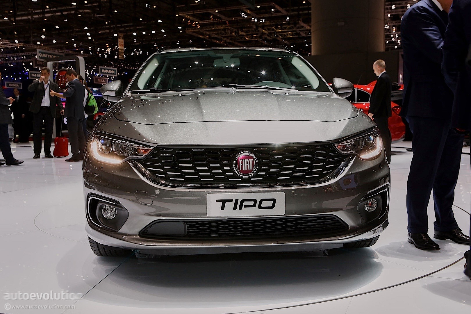 2016 Dodge Journey >> 2016 Fiat Tipo Comes in Hatchback and Estate Flavors at the Geneva Motor Show - autoevolution