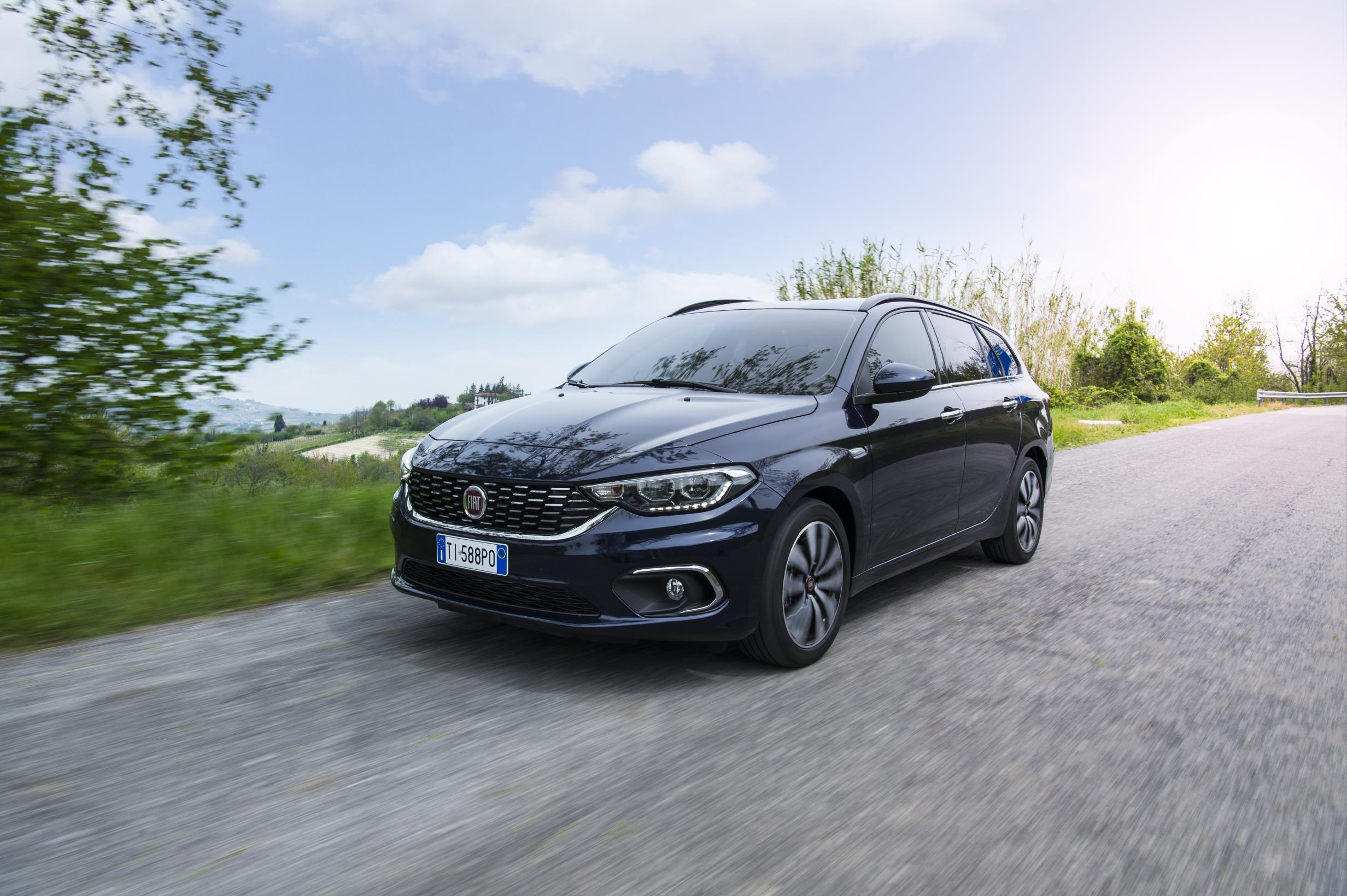 2016 fiat tipo hatchback and station wagon priced in the. Black Bedroom Furniture Sets. Home Design Ideas