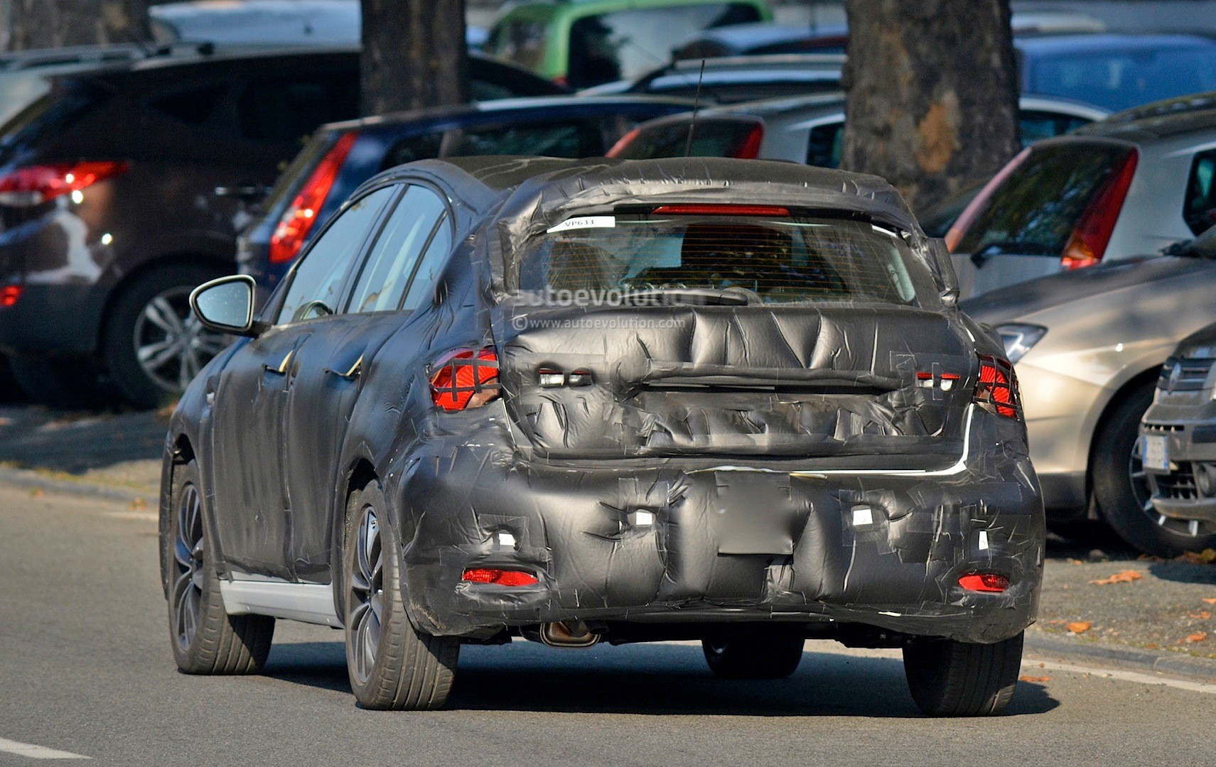 2016 Fiat Tipo Hatchback First Spy Photos Show Future Golf Rival - autoevolution