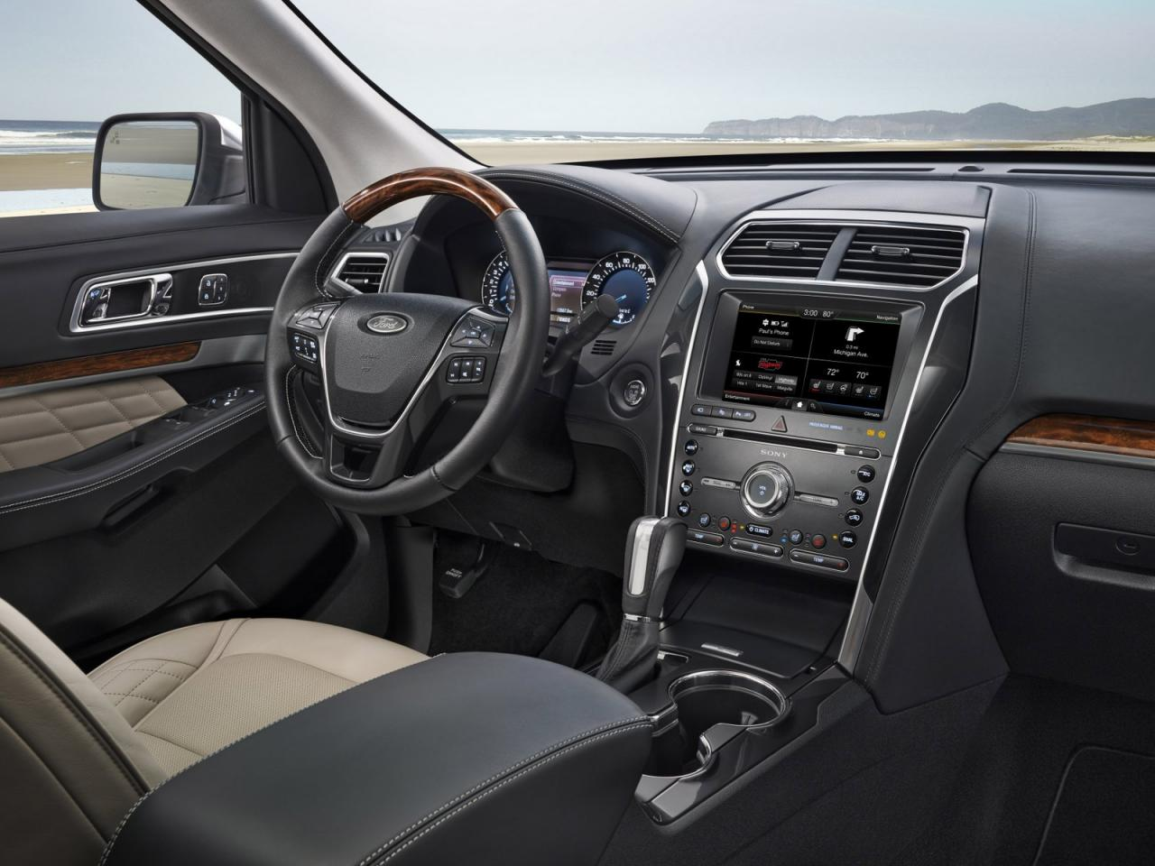 2016 ford explorer platinum gets the best out of the suv 39 s. Black Bedroom Furniture Sets. Home Design Ideas