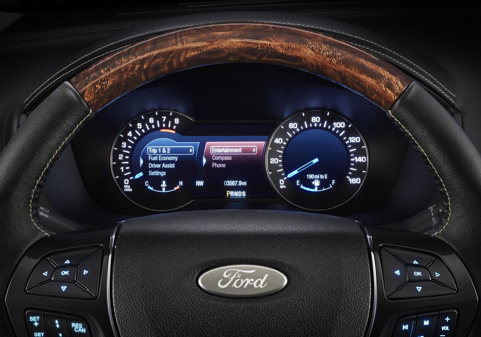 2014 Ford Explorer Xlt >> 2016 Ford Explorer Shows 2.3-liter Ecoboost and Platinium Trim Level [Video] - autoevolution