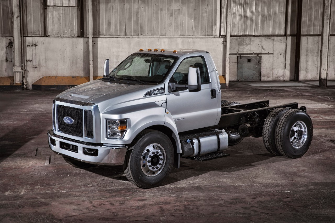 2016 ford f 650 f 750 trucks unveiled autoevolution. Black Bedroom Furniture Sets. Home Design Ideas