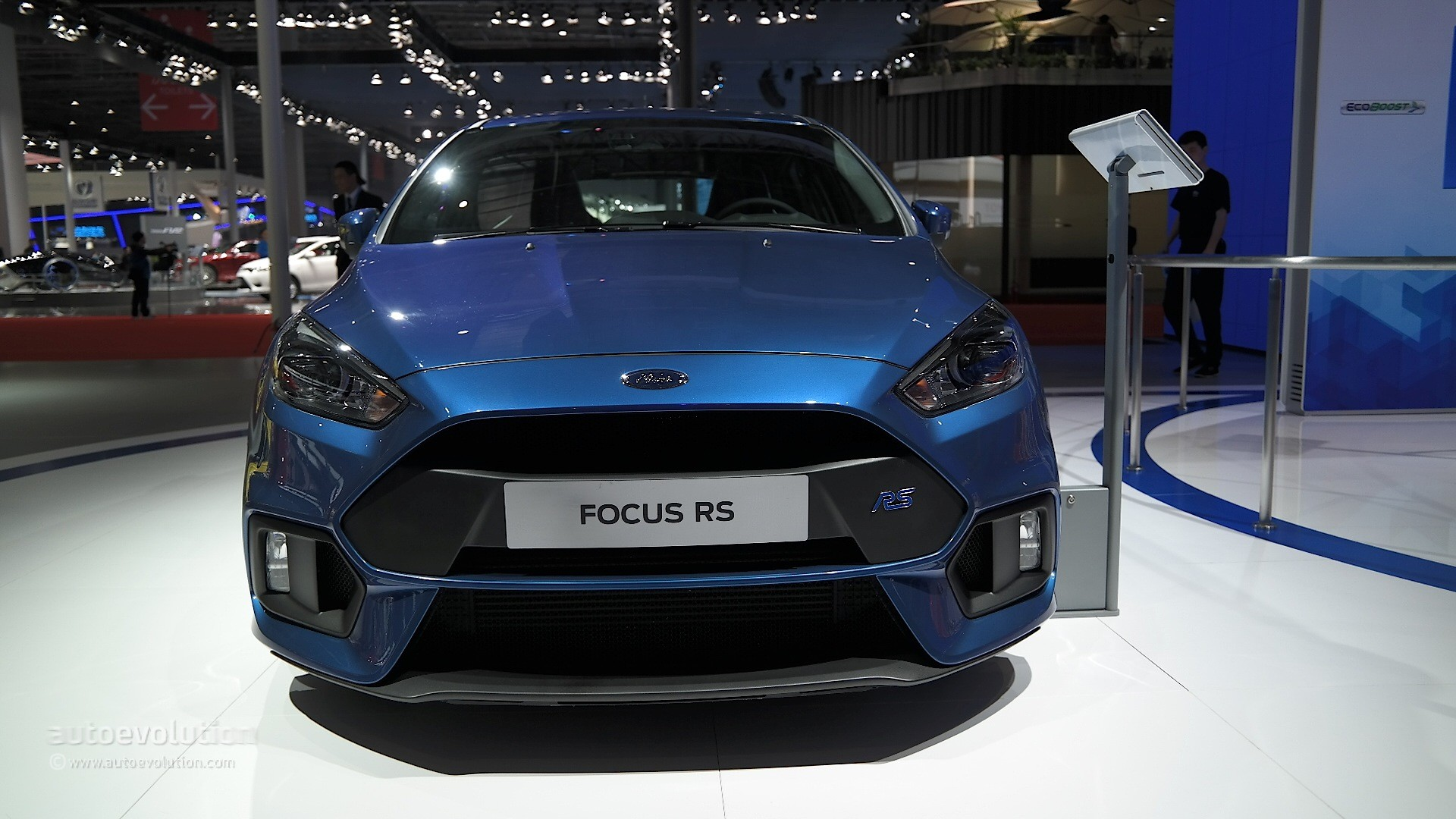 The 2016 Ford Focus RS Makes Chinese Debut at the Shanghai Auto Show