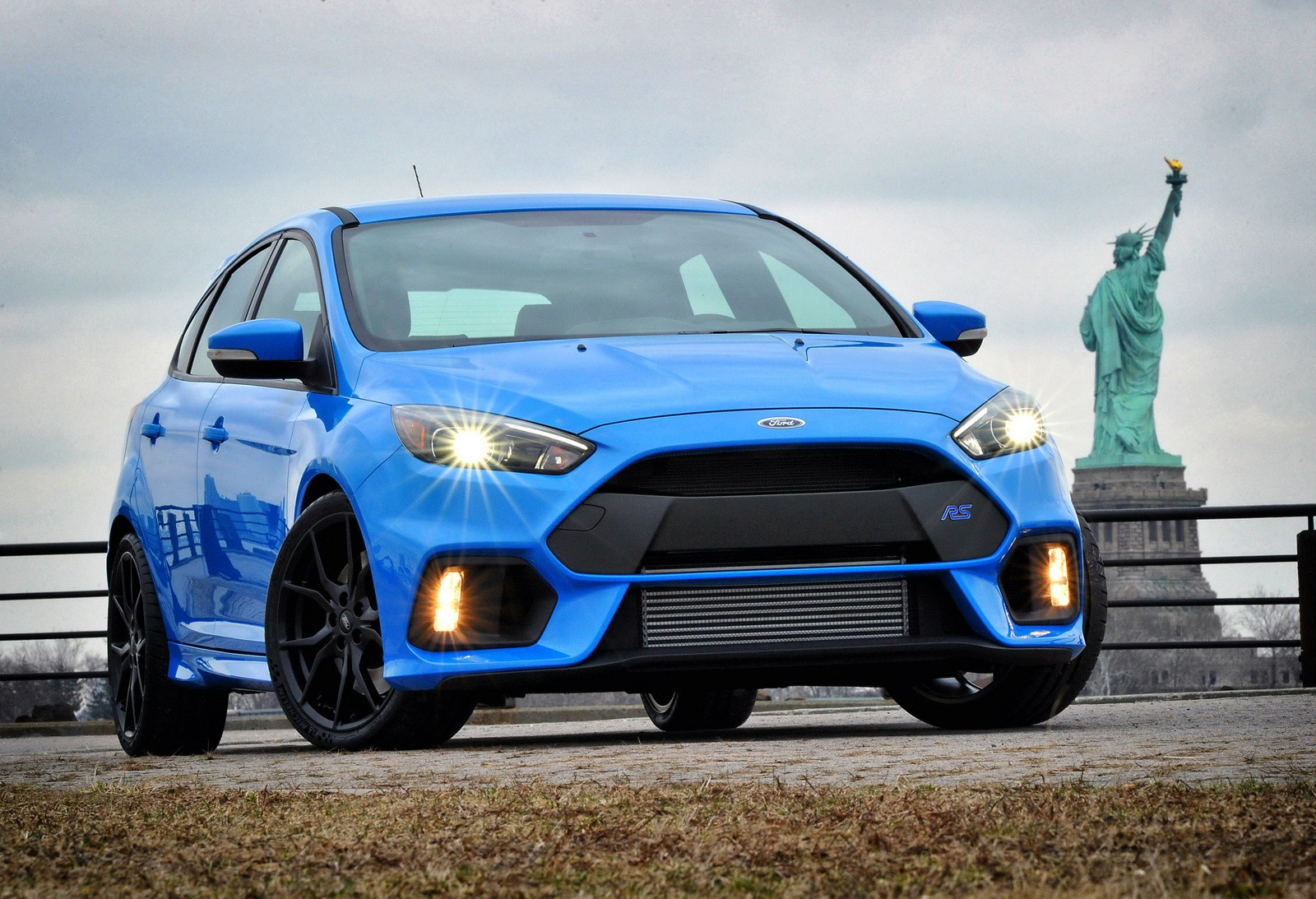 2016 ford focus rs power confirmed 350 ps and 470 nm