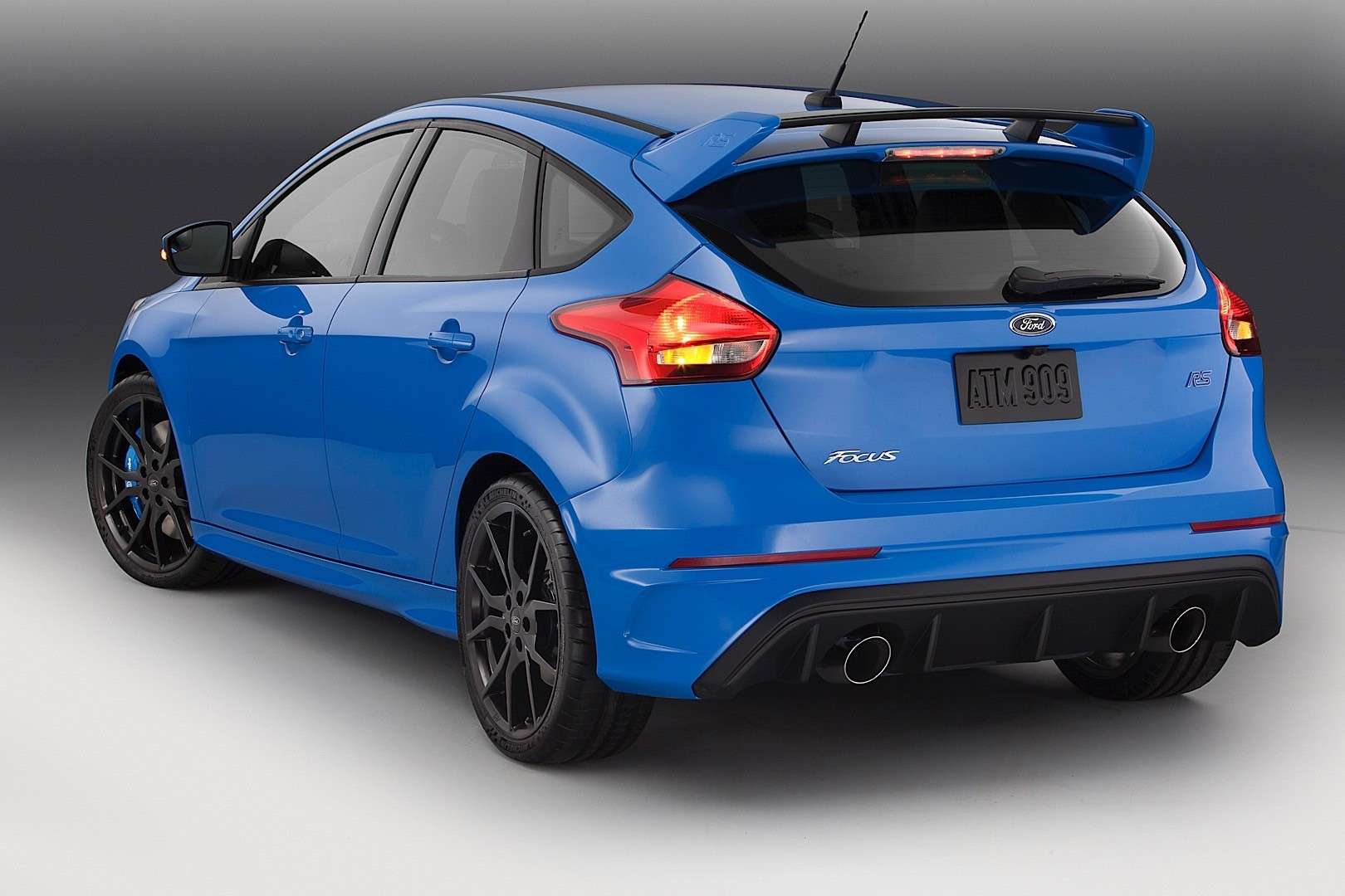 2016 Ford Focus RS Will Land in The US at the 2015 NYIAS, Has 320+ HP