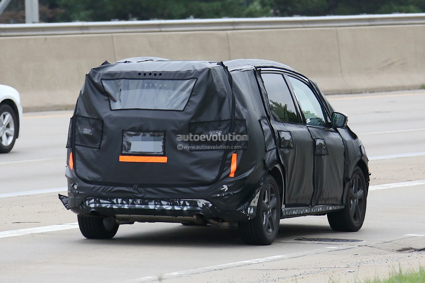 2015 - [Ford] Galaxy III - Page 3 2016-ford-galaxy-caught-on-film-testing-in-the-united-states-photo-gallery_9