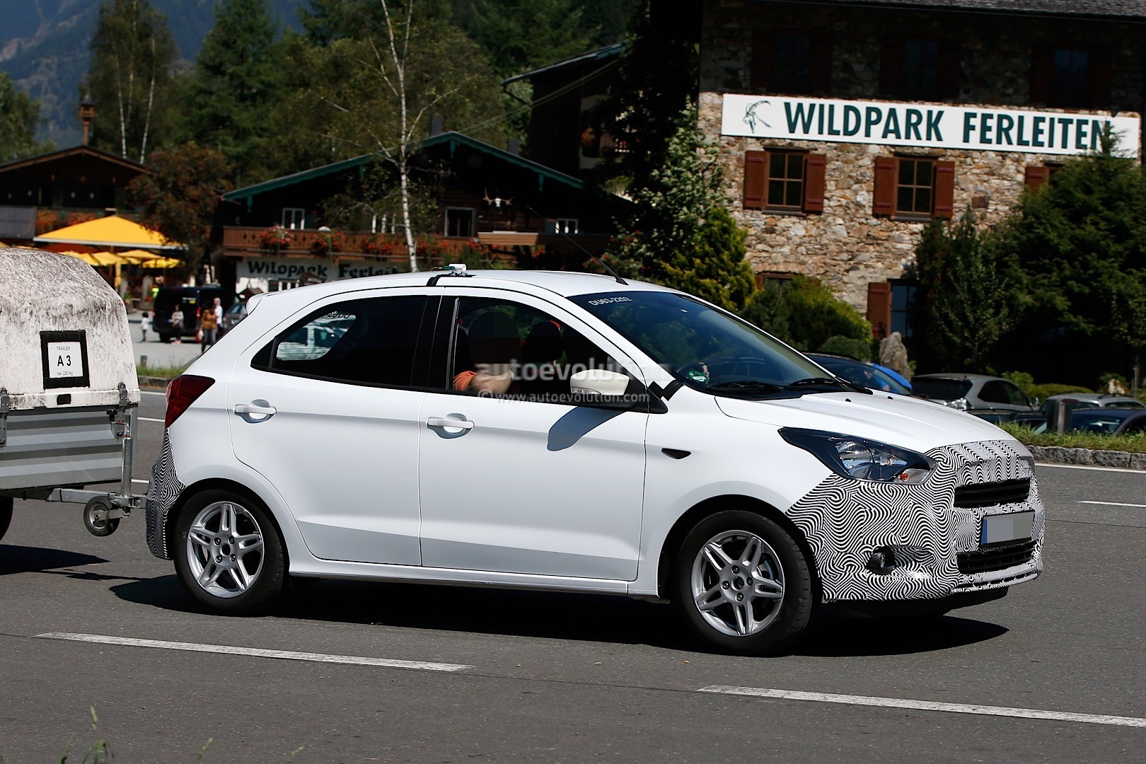 2016 ford ka spotted testing in the alps ford is. Black Bedroom Furniture Sets. Home Design Ideas