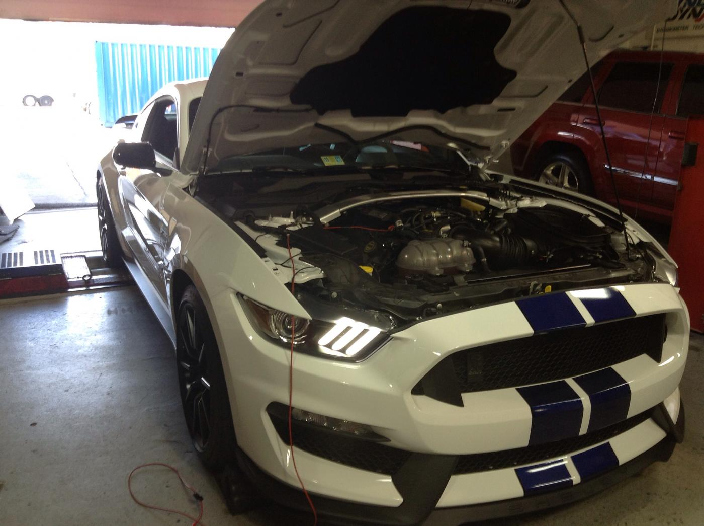 2016 ford mustang shelby gt350 gets cold air intake and tune