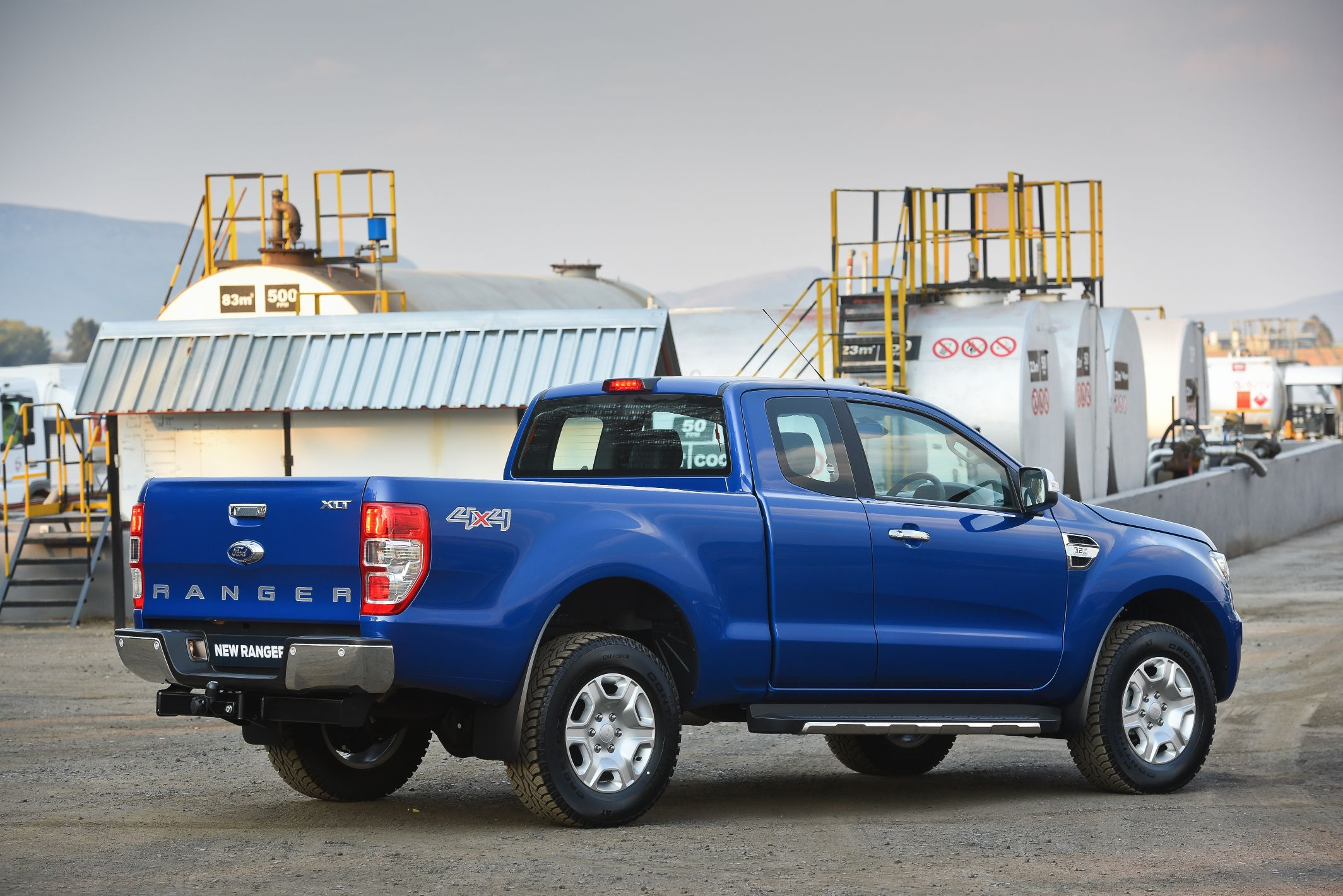 off road ford ecosport with 2016 Ford Ranger Prepares To Hit European Showrooms 104367 on 147085 Pneus Bf Goodrich 235 70 R16 Tr4 2007 A as well Ford Bronco 2020 Concept in addition Dacia Duster Received An Off Road Tuning From German Lzparts 4 together with Off Road Wheels Rims Pinatubo moreover Review.