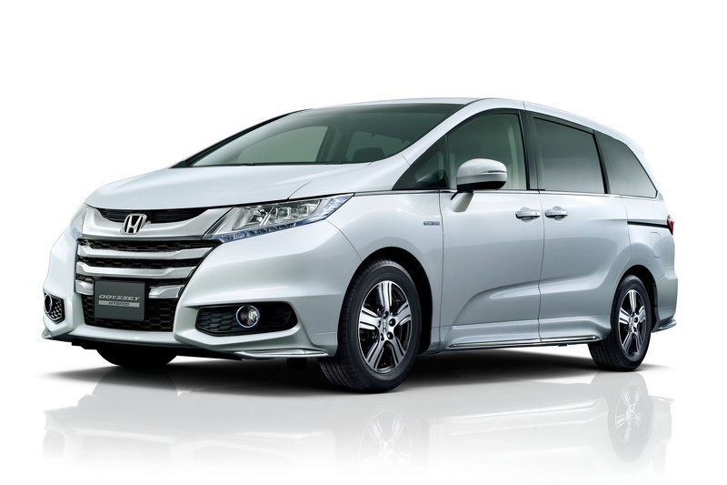2012 Honda Odyssey For Sale >> 2016 Honda Odyssey Sport Hybrid Goes on Sale in Japan - autoevolution