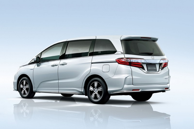2016 Honda Odyssey Sport Hybrid Goes on Sale in Japan - autoevolution