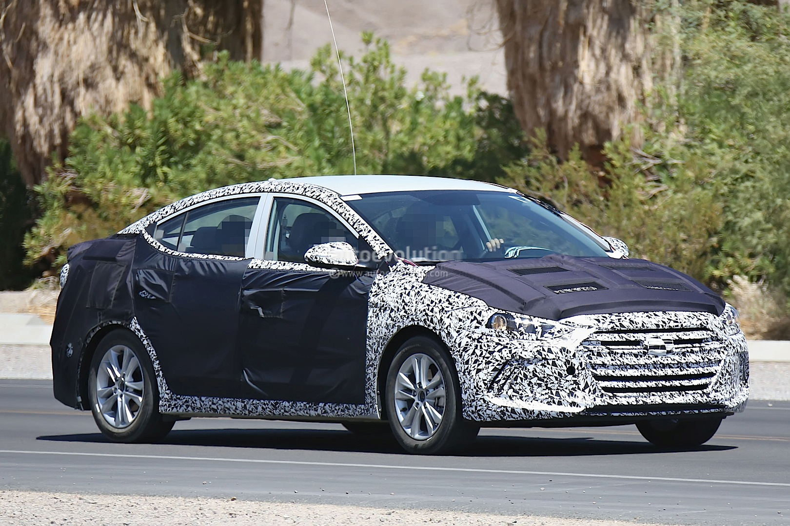 2016 Hyundai Elantra Shows Itself Autoevolution